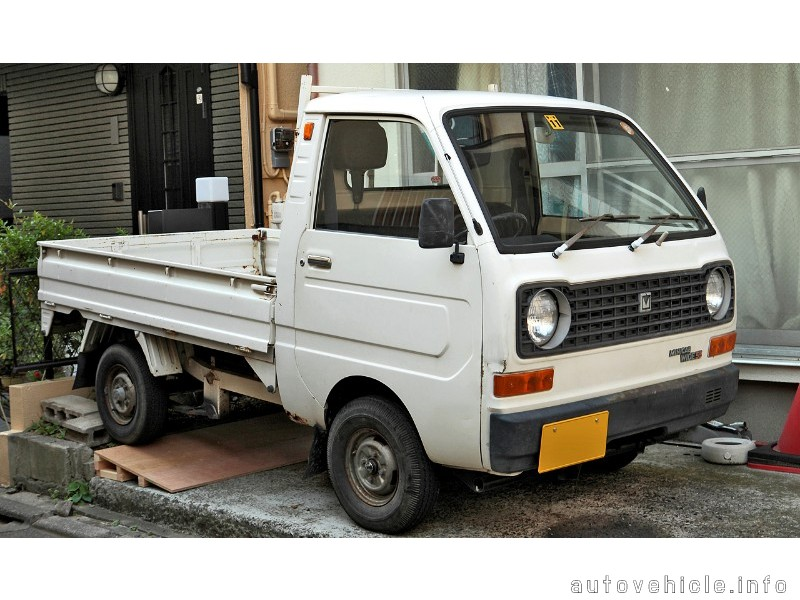 Mitsubishi Minicab    L100  1976