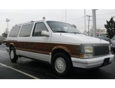 Chrysler Town & Country (1990)