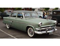 Ford Crestline (1952 - 1954)